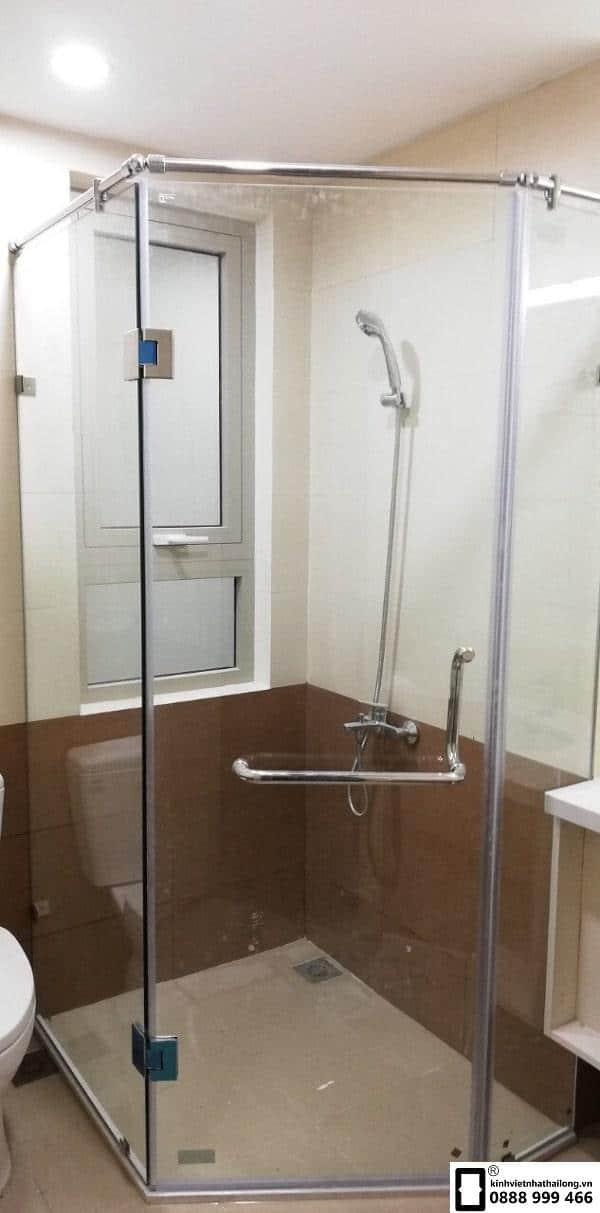 Cabin phòng tắm 135 độ mẫu 2