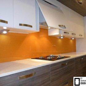 Kính ốp bếp màu cam vàng mẫu 2