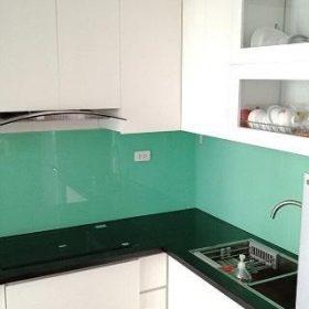 Kính ốp bếp màu xanh ngọc mẫu 1