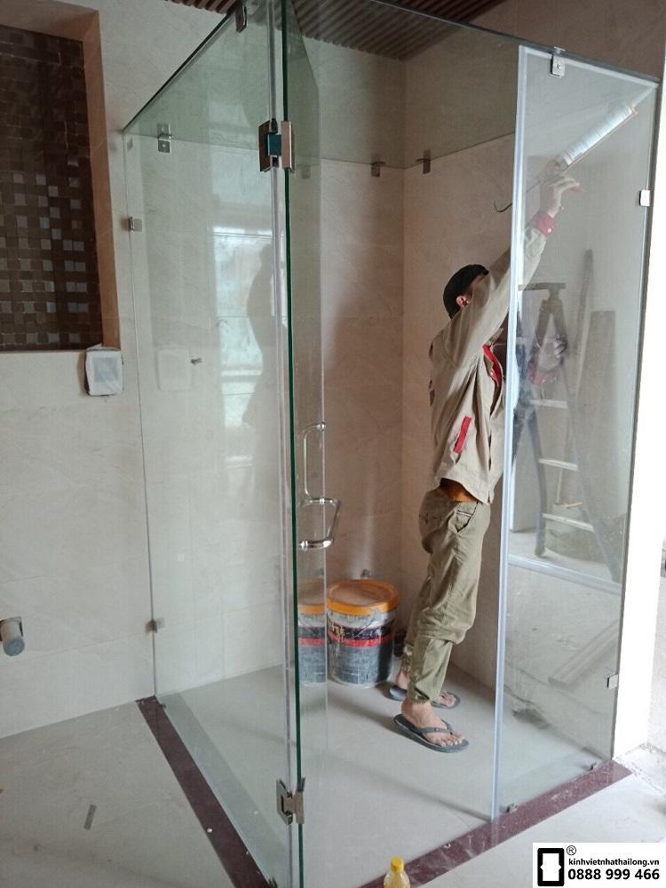 Cabin phòng tắm kính 90 độ