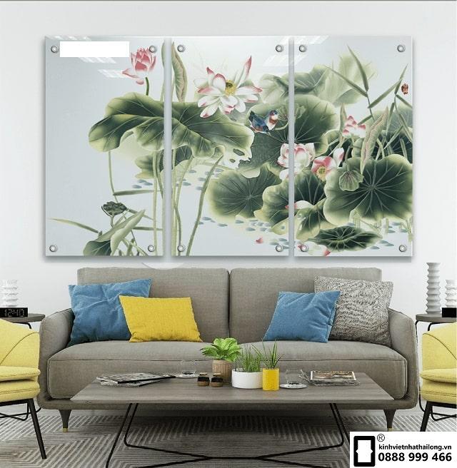 Tranh kính hoa sen mẫu 9