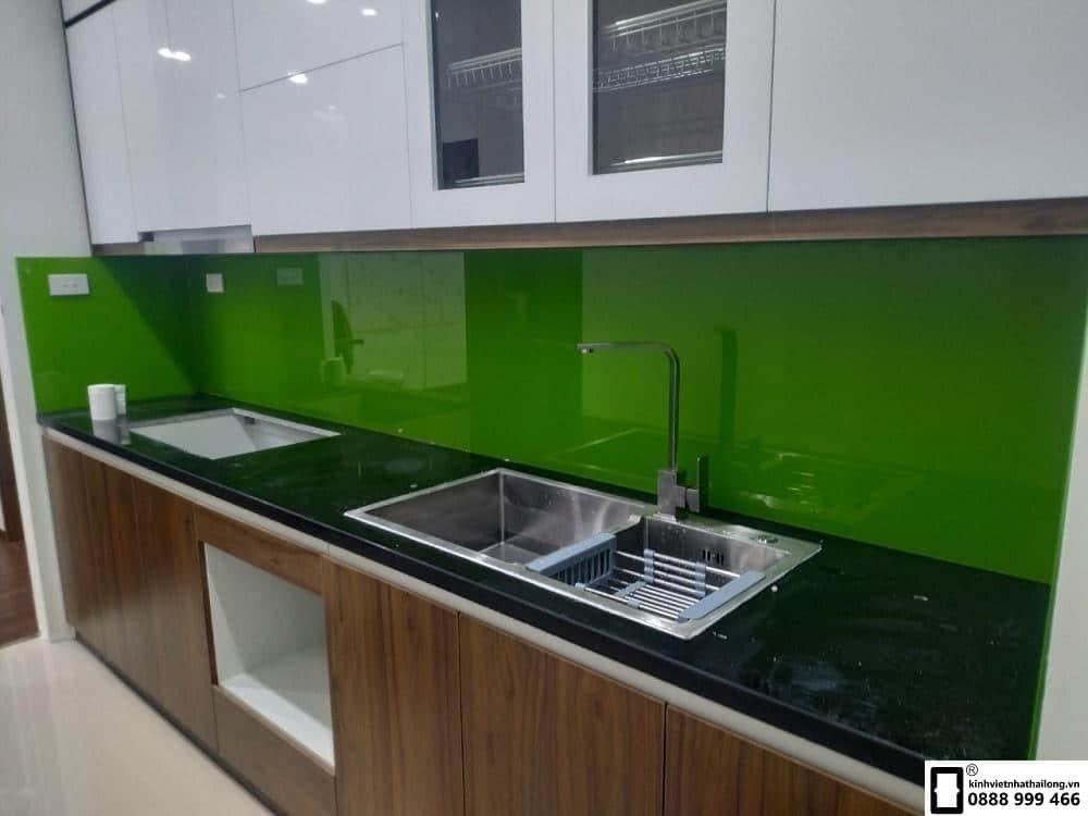 Lắp đặt kính ốp bếp tại quận Tây Hồ Hà Nội