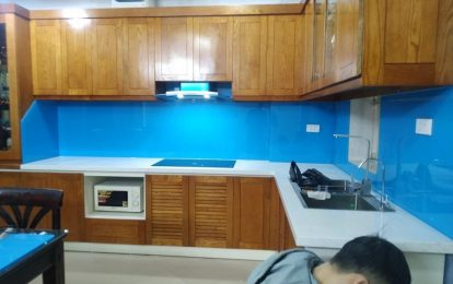 Lắp đặt kính ốp bếp tại quận Thanh Trì - Hà Nội