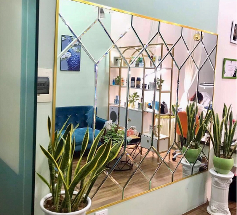 Gương kính sử dụng kính an toàn