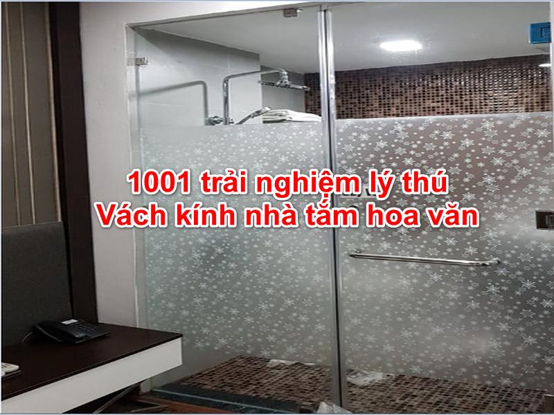 vách kính nhà tắm hoa văn
