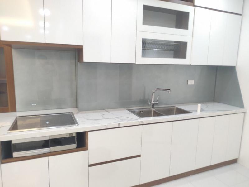 Kính chịu nhiệt nhà bếp màu ánh bạc