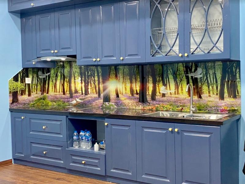 Kính in 3D tạo nét sang trọng, hiện đại cho không gian bếp của bạn