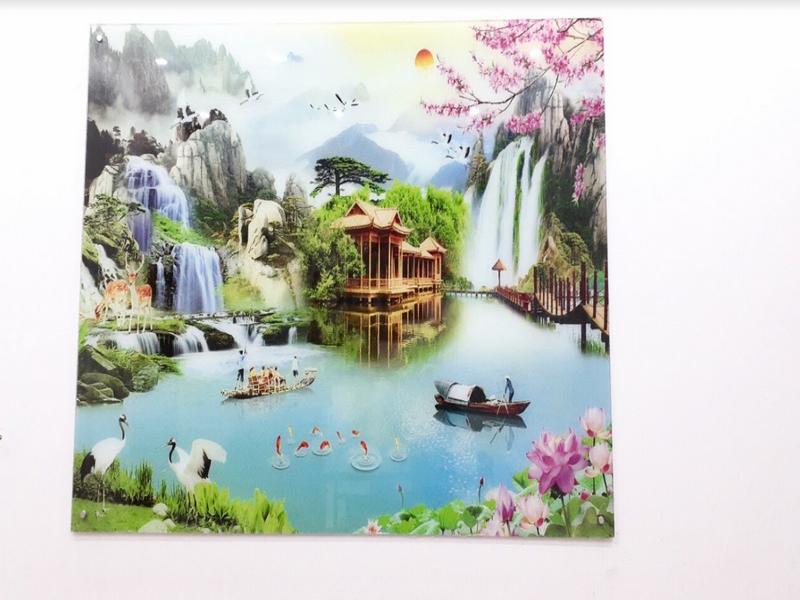 Phong cảnh hữu tình được thể hiện trên sản phẩm tranh kính 3D
