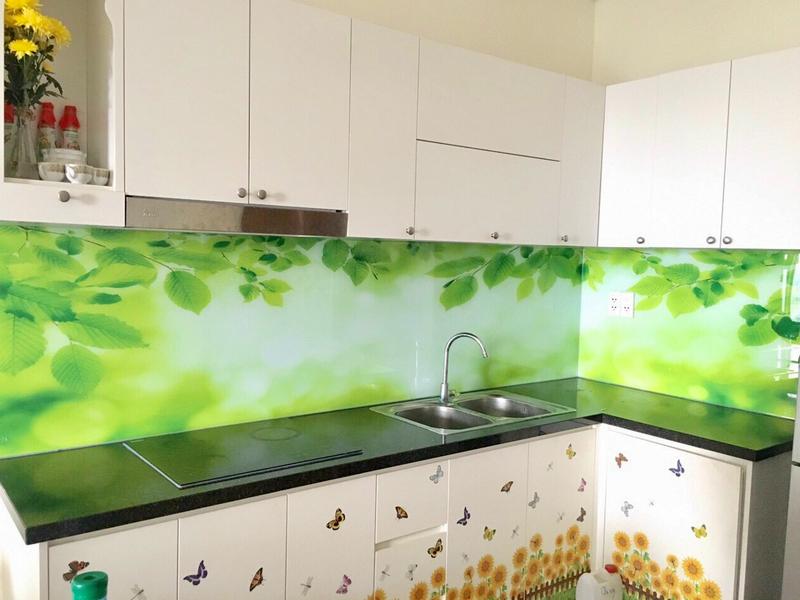 Kính chịu nhiệt ốp bếp 3D lá xanh nhẹ nhàng