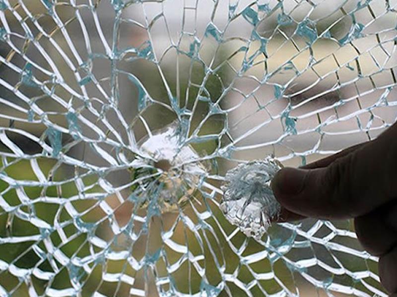 05 nguyên nhân khiến cho cửa kính cường lực bị vỡ